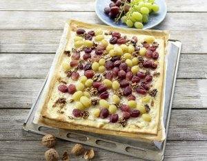 Flammkuchen mit Weintrauben