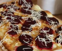 Rote Rüben Pizza