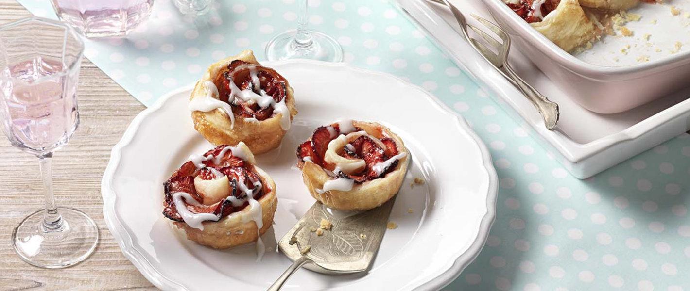Blätterteigschnecken mit Erdbeeren Tante Fanny