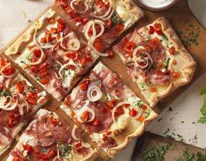 Salami-Paprika Pizza