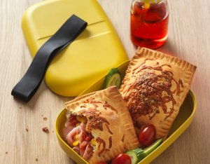 Mediterrane Pizzataschen