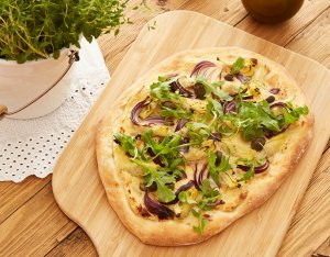 Pizza Bianca mit Artischocken