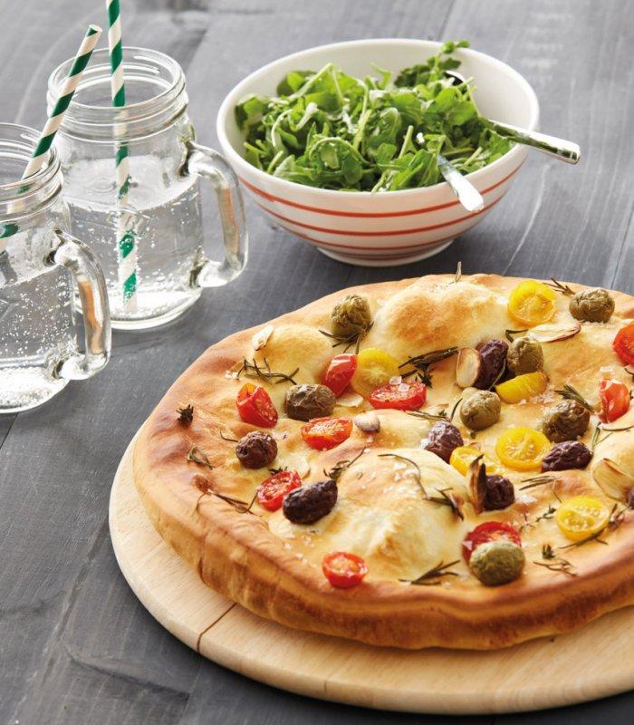 Oliven-Tomaten-Focaccia