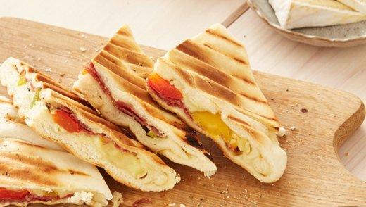 Flammkuchen Toasty Salami